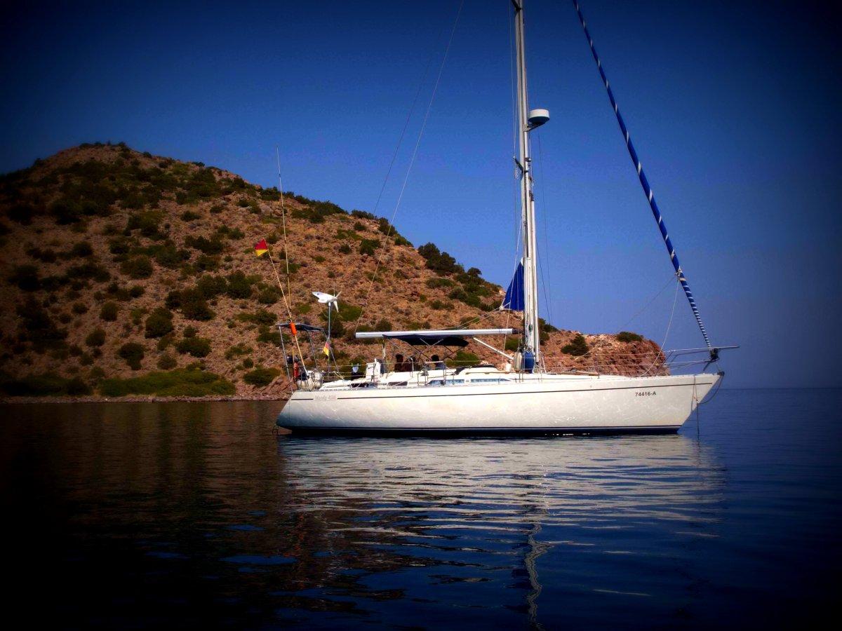 Boat: Moody 425
