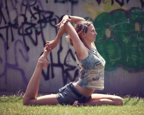 Dini Martinez Yoga