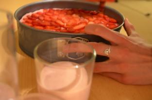 strawberry cake_216