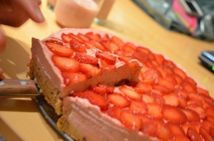 strawberry cake_219