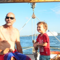 A beautiful Sunday out sailing in Sydney Harbour -…